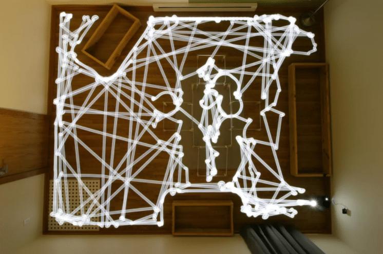 Takistuste abil navigeeriva robottolmuimeja teekond